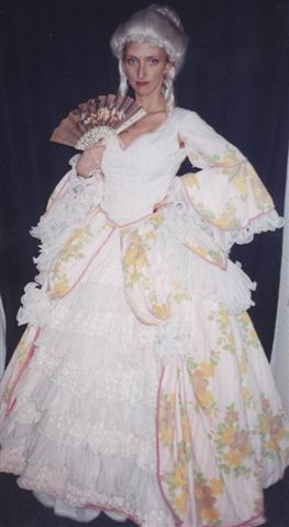 18th Cent 1700's Costumes - Colonial Woman -  Dutchess - Martha Washinton - American Costumes Las Vegas