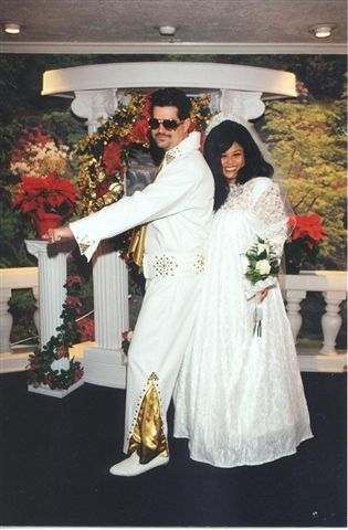 Elvis costume rental american costumes las vegas for Las vegas wedding dress rental